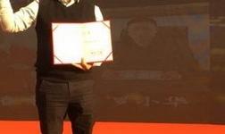 《荣誉加身》中国集成墙面行业首届颁奖盛典,见证沃居璀璨时刻!