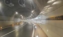 破解公路隧道装饰难题瓷板无龙骨干挂技术面世