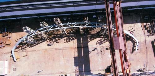 智造钢构--中建钢构泰国素万纳普机场双曲桁架预拼装顺利完成