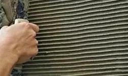 水泥砂漿PK瓷磚膠,哪個貼瓷磚更牢固?