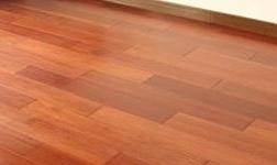 木材紧缺地板价格受冲击