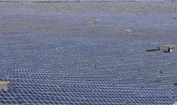 中国太阳能发电规模巨大 但输电和回收都是问题