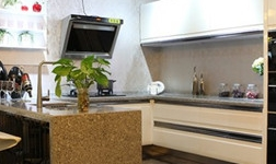 厨房选择整体不锈钢橱柜好不好