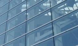 玻璃幕墙的主要构成部件