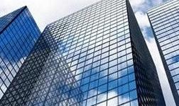 楼房外墙玻璃要如何擦洗 哪些工具擦玻璃能更干净