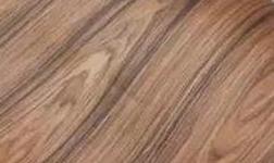 实木贴皮门容易起皮?这两点是主因