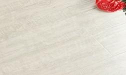 怎样才能挑选到安全环保、品质优良的地板呢