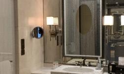 日本进口亲水膜,解决浴室镜子起雾的烦恼