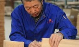 为什么实木家具的制作工艺要留有伸缩缝?
