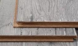 木地板的踢脚线尺寸和安装流程-