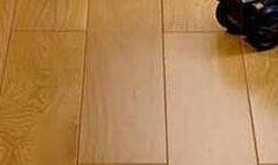 天然實木地板沒有放射性也不含甲醛