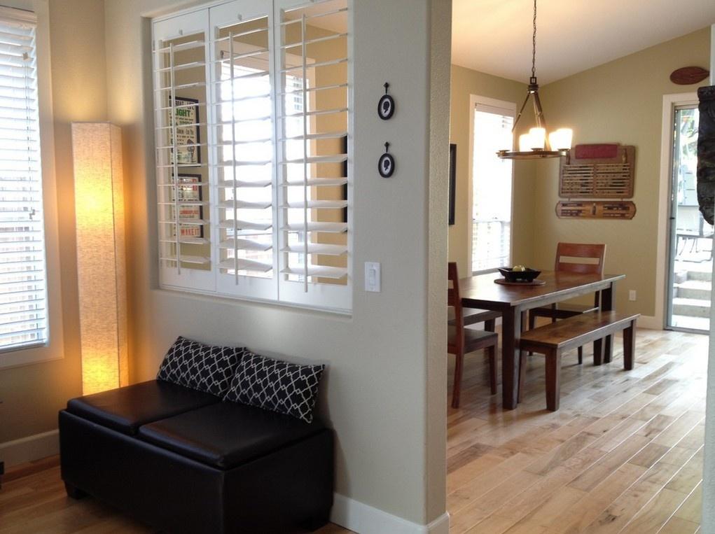 隔断 >客厅跟餐厅隔断效果图 客厅和餐厅中间用什么隔开     1,珠帘