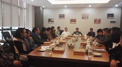 投资人与核心团队会议