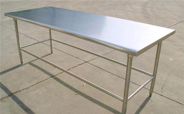 西安不锈钢工作台/西安踢脚线加工/厂家直销