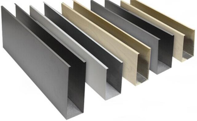 中式隔断滚涂木纹铝方通吊顶户外型材铝方管幕墙