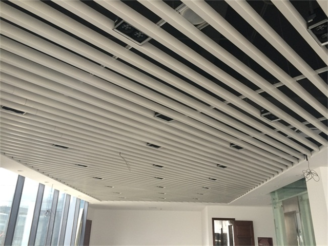 材料弧形铝天花异形铝方通吊顶