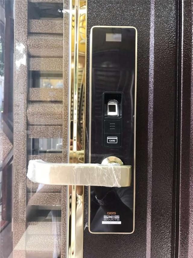 智能盾家用不锈钢指纹锁
