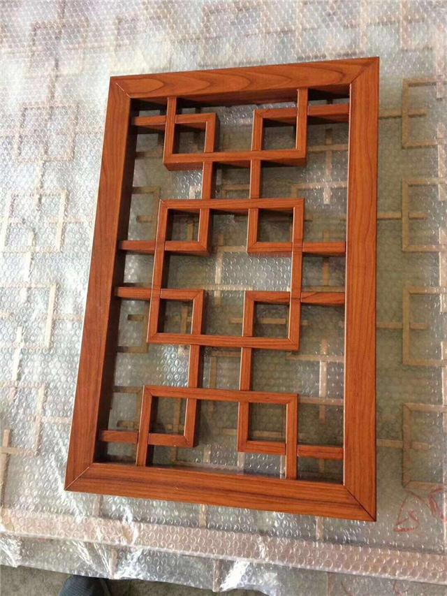 工程专用仿生态木纹铝窗花