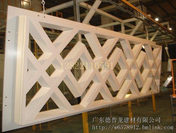 抚州市街道改造仿木铝合金窗花格定制供应厂家