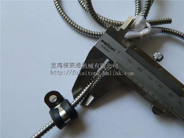山东不锈钢R型管夹  套胶皮金属线夹Φ8