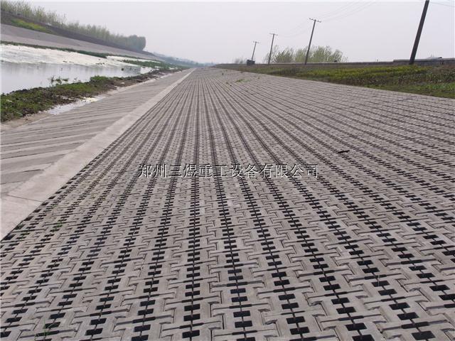 河南全自动水泥液压10-15免烧制砖机 空心砌块砖机 彩砖机