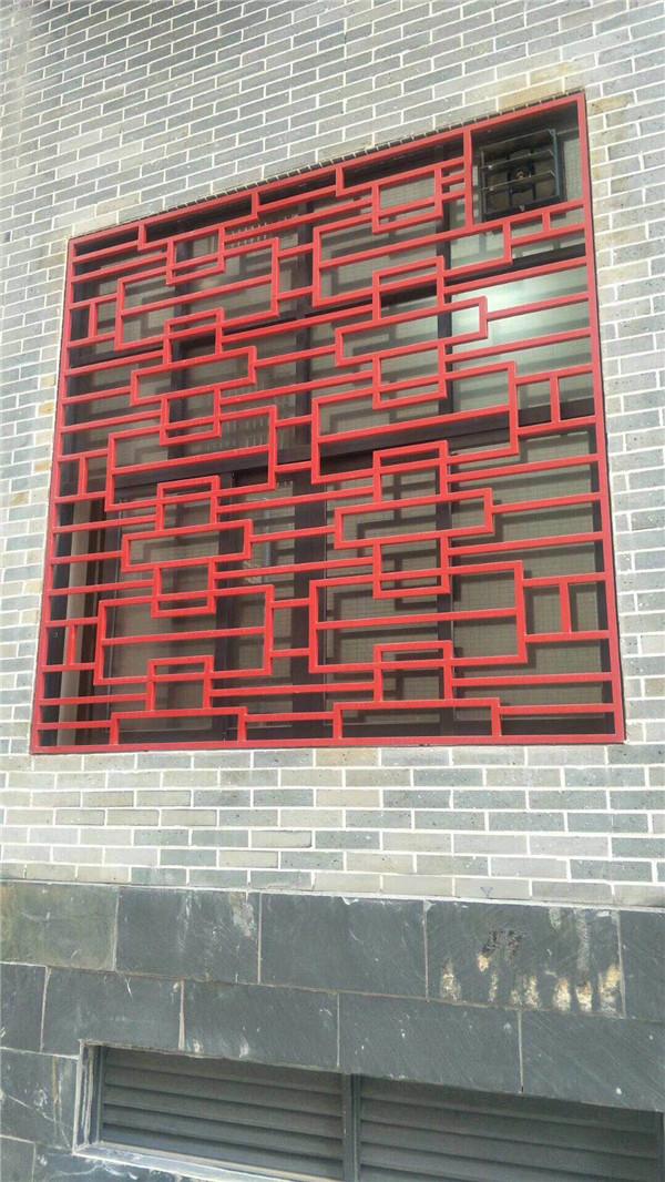 酒店专用1.5mm2.0mm厚木纹铝窗花屏风|型材冰裂花式铝花格铝隔断