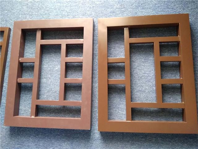 仿古木纹铝合金西字花格窗-仿木纹铝格栅花格定制厂家