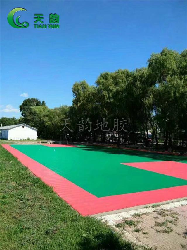 沈陽運動地膠廠家【沈陽天韻工廠】卷材塑膠地板廠家批發