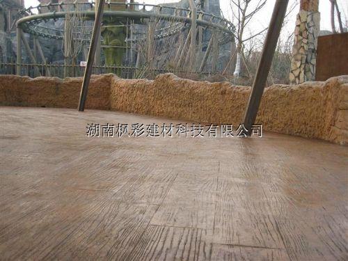 无锡彩色地坪压模经济实用性强无锡压模地坪材料撒播工序