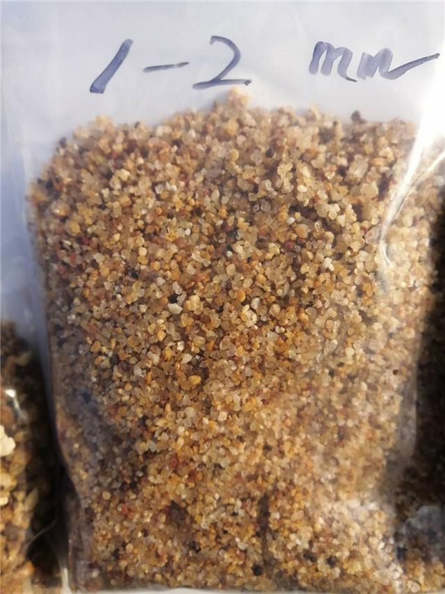 天然园粒砂/自来水厂过滤用海砂石英砂滤料直销价格