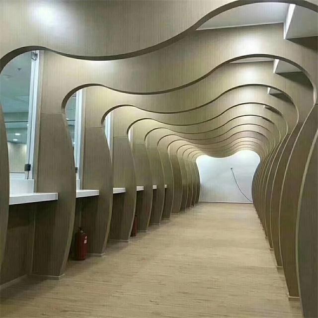 墙面装饰造型铝方通_餐厅cc外墙装饰木纹造型铝方通