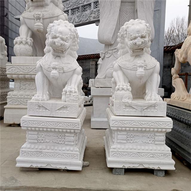 石狮子摆件-大门口石雕狮子批发厂家-曲阳县旺石园林雕塑
