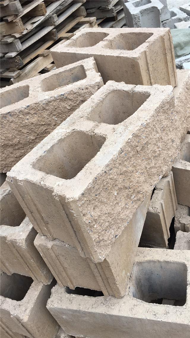 河北钦�M装饰混凝土砌块