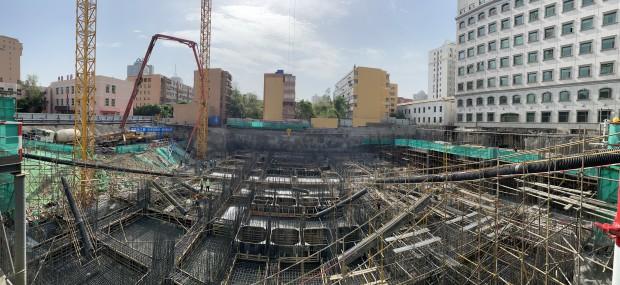 中建西部建设新疆有限公司乌鲁木齐预拌厂顺利完成3980方单体筏板浇筑