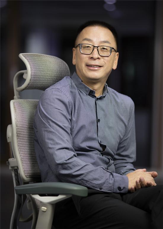 """聚焦丨森鹰董事长边书平和""""零碳青年""""的深度交流"""