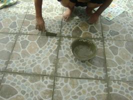 外墙上水泥油窍门 外墙多年油污怎么去除