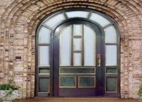 铝合金门窗师傅300一天 请问做铝合金门窗生意,最要了解和注意些什么?