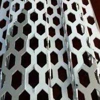奥迪外墙冲孔装饰板 奥迪4S店展厅外墙冲孔幕墙板