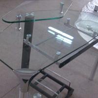 钢化玻璃桌供应