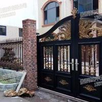 景德镇市华鑫建设有限公司定做别墅铁艺大门,围栏,锌钢护栏