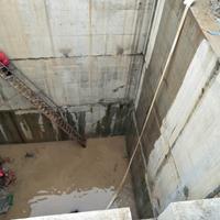 水池漏水防水补漏哪家可以处理找鸿飞西安水池补漏专业堵漏公司