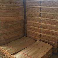 鲁安大量供应桉木板皮 ,量大从优