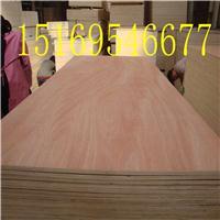 山东厂家直供包装级杨木芯奥古曼胶合板