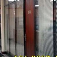 深圳哪里有做办公室中空玻璃带百叶帘隔断的厂家