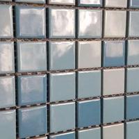 供应厂家直销马赛克拼图泳池砖黑色蓝色白色黄色25x25