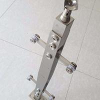 耀恒 专业生产不锈钢玻璃栏杆 菱形工程立柱  厂家定做