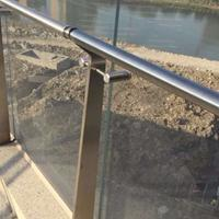 耀恒 304不锈钢玻璃栏杆 钢化玻璃立柱 厂家供应