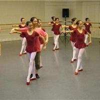 天津pvc舞蹈塑膠地板