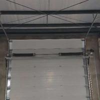 成都工业提升门厂家 厂房提升门 成都工业提升门价格 透视门