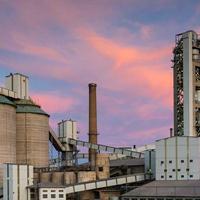 水泥厂在线监测系统应用案例 水泥企业远程监控平台实例